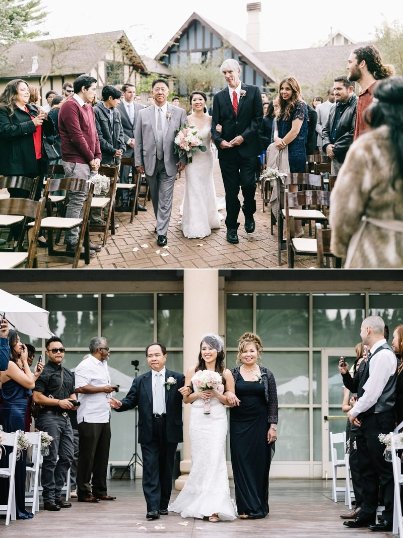 put chairs close to each other for better ceremony photos
